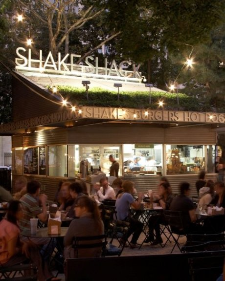 shake-shack-madison-night